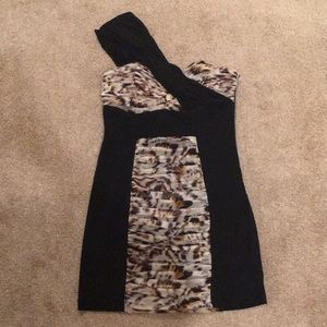 Guess by Marciano cocktail dress size Medium